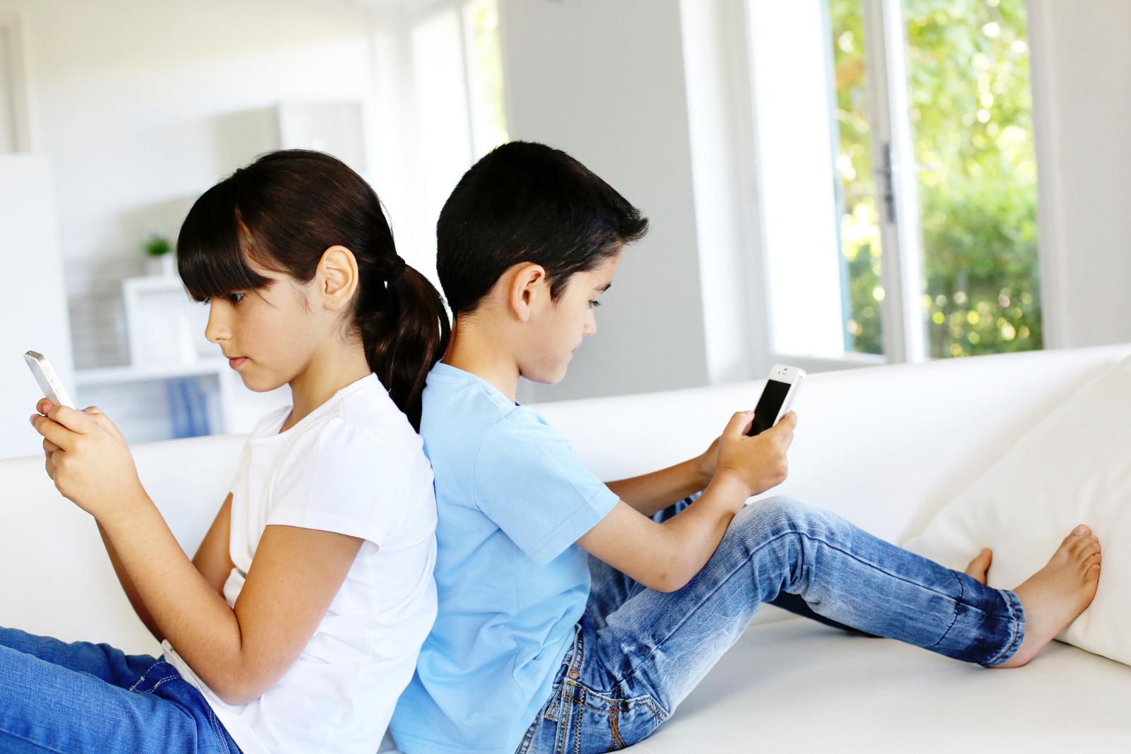 ideas-de-acuerdos-para-el-uso-del-telefono-celular-en-ninos-2